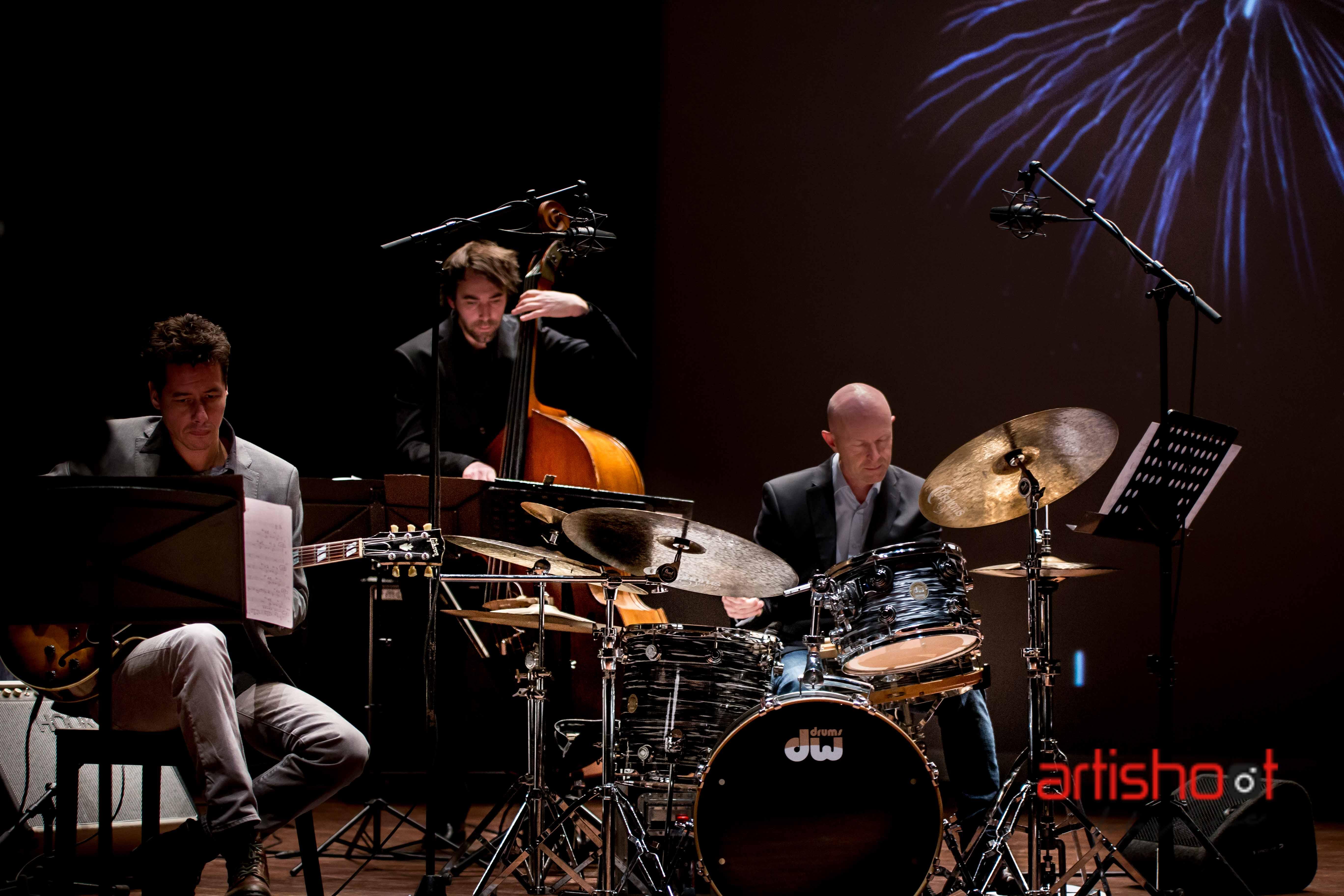 Jazz Aves Trio met gitar